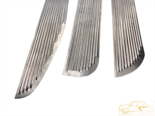 Накладки на внутреннюю обшивку дверей ГАЗ-21 3 мод. к-кт