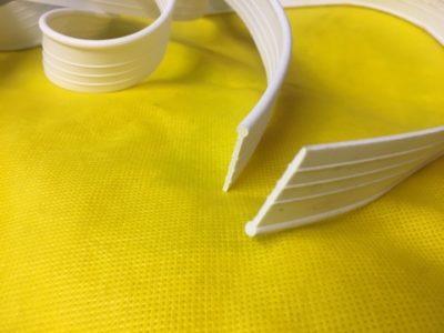 Уплотнительная  резина на кузов  (прошва) — белая