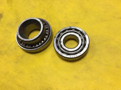 Подшипники ступицы переднего колеса  (ГПЗ-7806)-(ГПЗ-7305)
