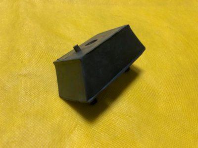 Подушка передней опоры двигателя