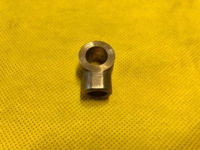 Муфта соединительная колесного цилиндра переднего тормоза нижняя (ОРИГИНАЛ)