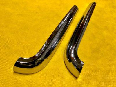 Накладка декоративная переднего крыла 2 модель «усы» решетки радиатора