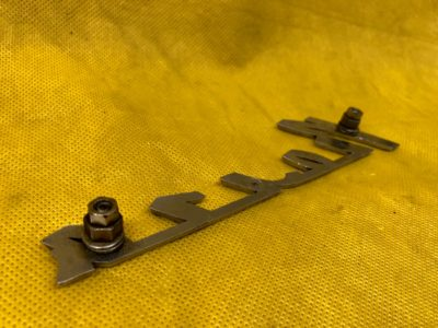 Надпись «Волга» на крылья ГАЗ24