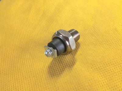 Датчик аварийного давления масла ММ 111  ГАЗ-24 (ОРИГИНАЛ)
