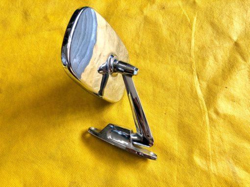 газ 24 зеркало