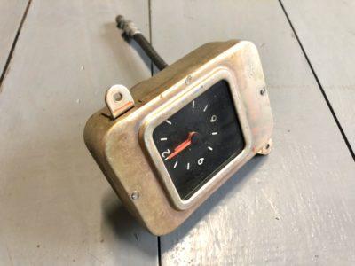 Часы салона ГАЗ-24 Волга